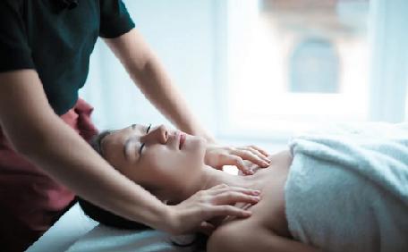 Breast Massage using Vitamin E Oil
